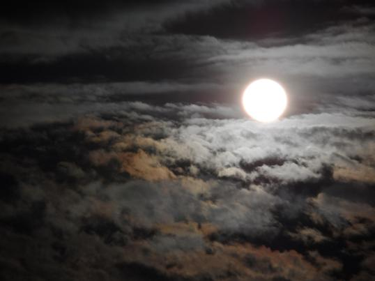 moon_full_january_1-26-2013_Fernando_Alvarenga_San_Salvador