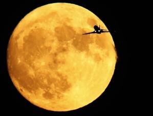 lua cheia em gemeos